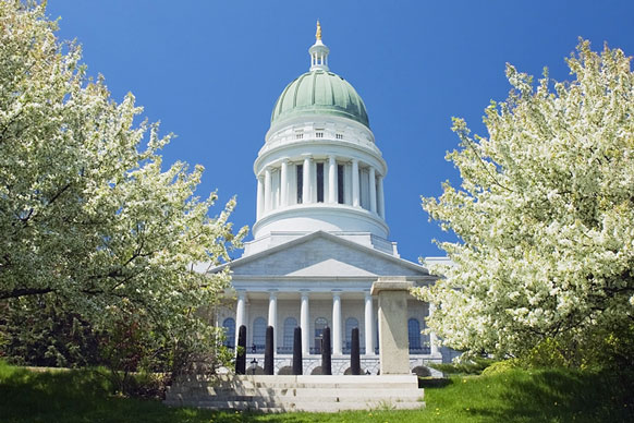 Maine state house building
